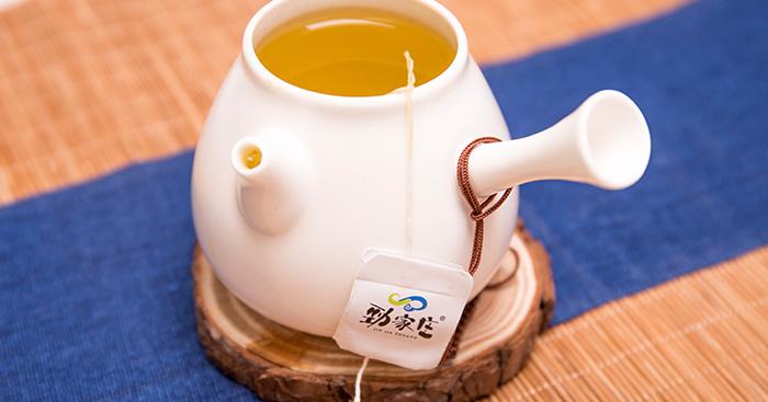 备孕的、流产后的、哺乳期能喝红薏米芡实茶吗?